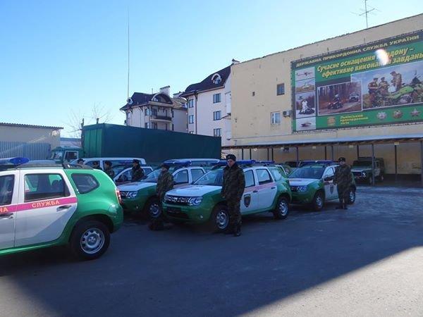 Відтепер львівські прикордонники патрулюватимуть кордон на новеньких квадрациклах (ФОТО), фото-2