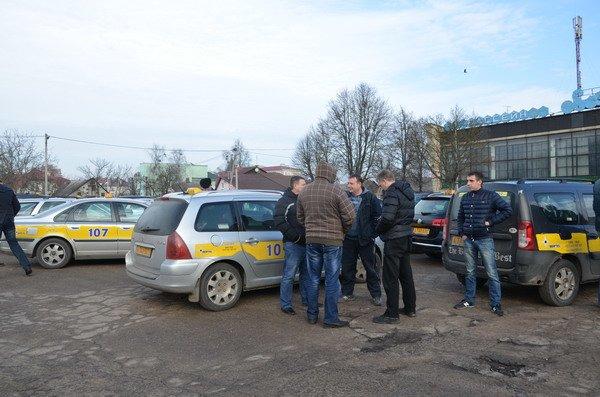 Разборки таксистов в Гродно: новое такси из Бреста снизило цены, чтобы наработать клиентуру, фото-3