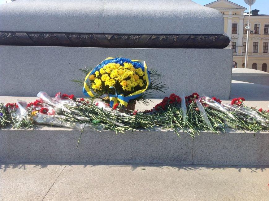 В Харькове почтили память Героев Небесной Сотни (ФОТО), фото-8