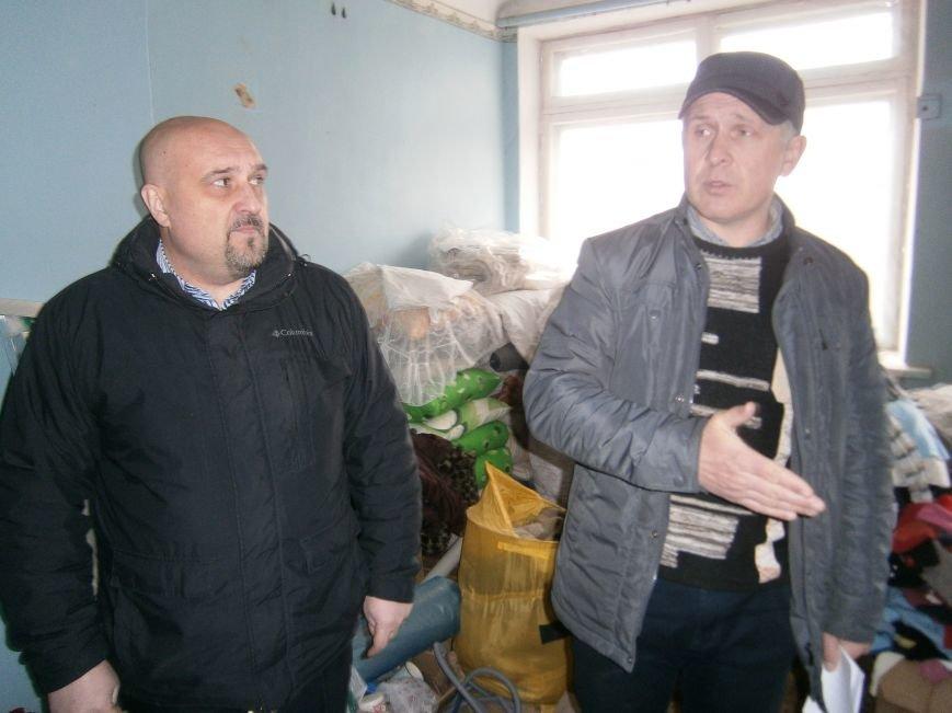 Губернатор области посетил центр размещения переселенцев в Добропольском районе (ФОТОРЕПОРТАЖ) (фото) - фото 23