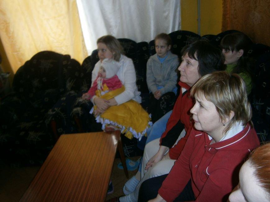 Губернатор области посетил центр размещения переселенцев в Добропольском районе (фото) - фото 12