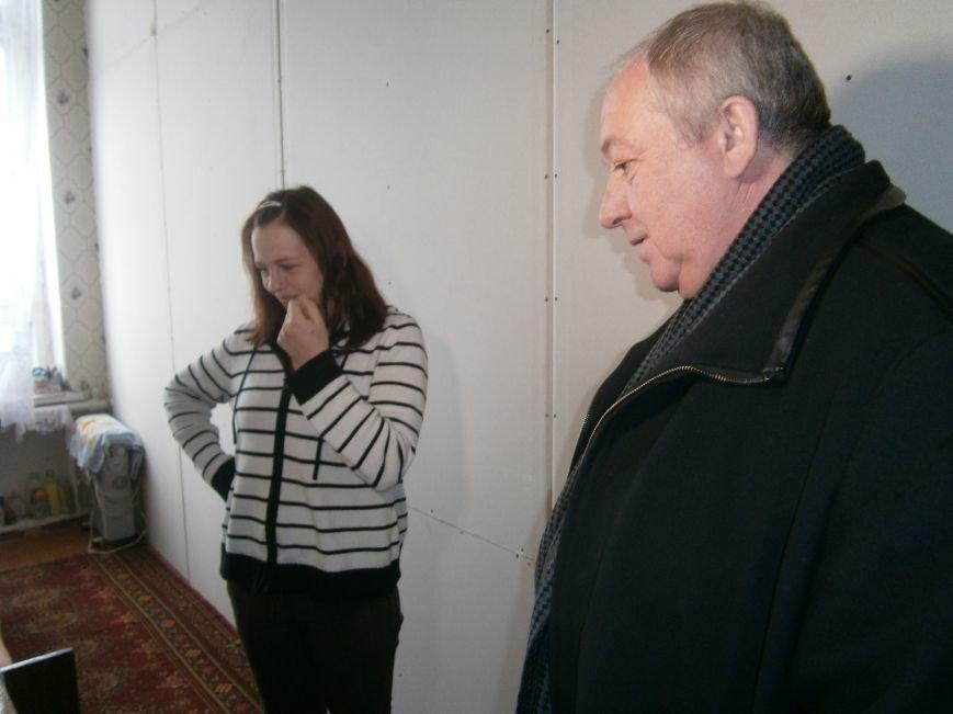 Губернатор области посетил центр размещения переселенцев в Добропольском районе (фото) - фото 23