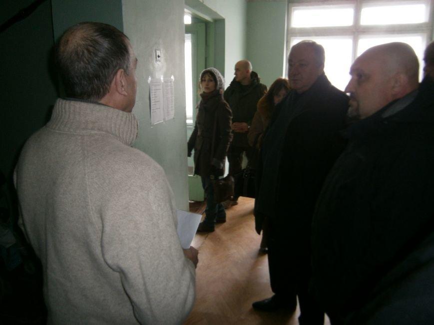 Губернатор области посетил центр размещения переселенцев в Добропольском районе (фото) - фото 26