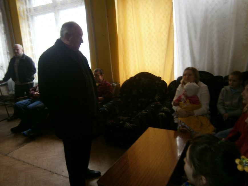Губернатор области посетил центр размещения переселенцев в Добропольском районе (фото) - фото 10