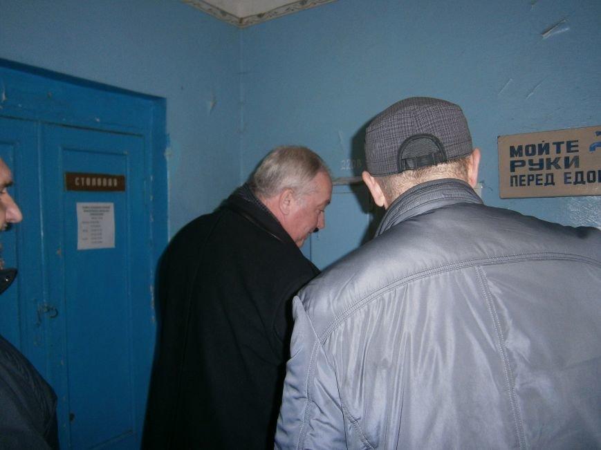 Губернатор области посетил центр размещения переселенцев в Добропольском районе (фото) - фото 7