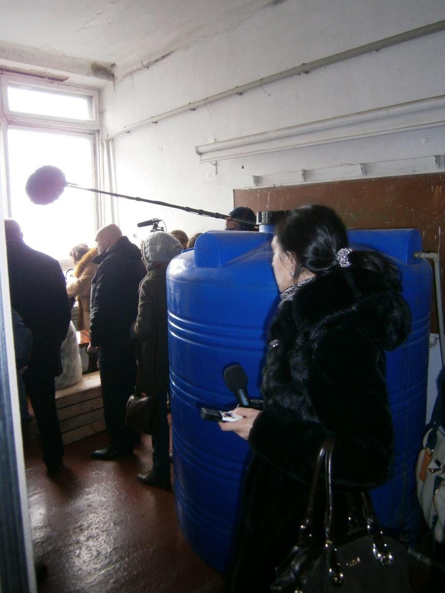 Губернатор области посетил центр размещения переселенцев в Добропольском районе (фото) - фото 20