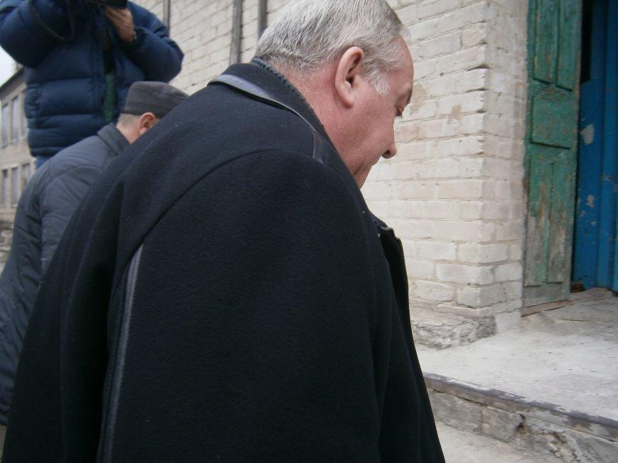 Губернатор области посетил центр размещения переселенцев в Добропольском районе (фото) - фото 3