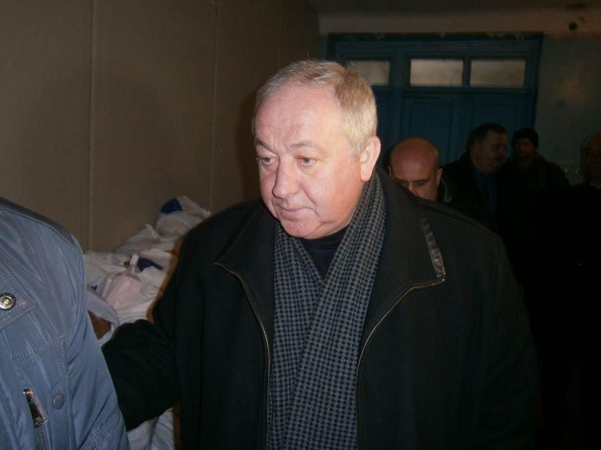 Губернатор области посетил центр размещения переселенцев в Добропольском районе (фото) - фото 6