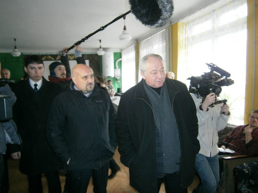 Губернатор области посетил центр размещения переселенцев в Добропольском районе (фото) - фото 13