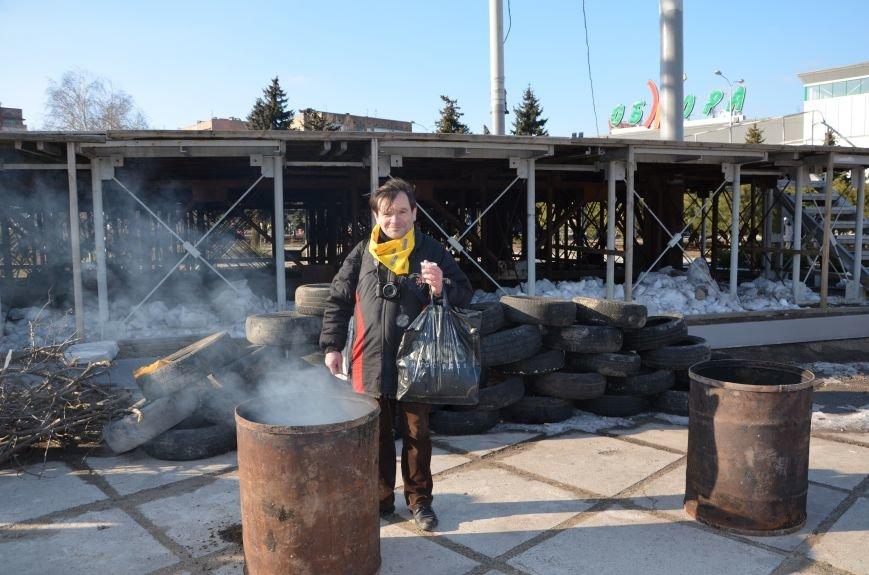 В Мариуполе устроили Майдан на площади павшего Ленина (ФОТО), фото-12