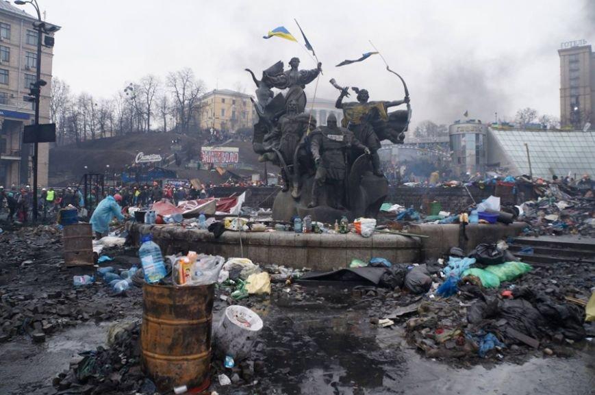 Одесситы на революционных киевских баррикадах год назад: как это было (фото) - фото 2
