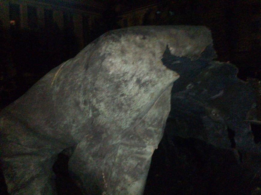 Падение «вождя» в Днепропетровске: как это было год назад (ФОТО) (фото) - фото 6