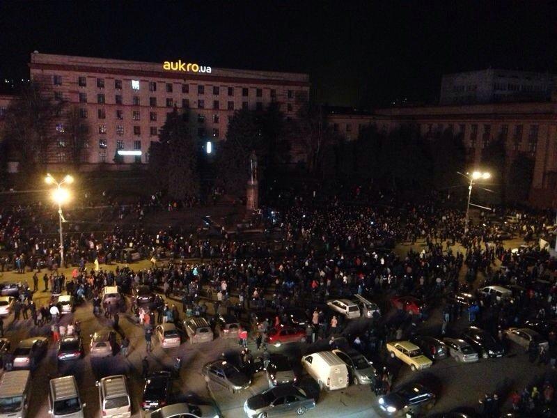 Падение «вождя» в Днепропетровске: как это было год назад (ФОТО) (фото) - фото 3