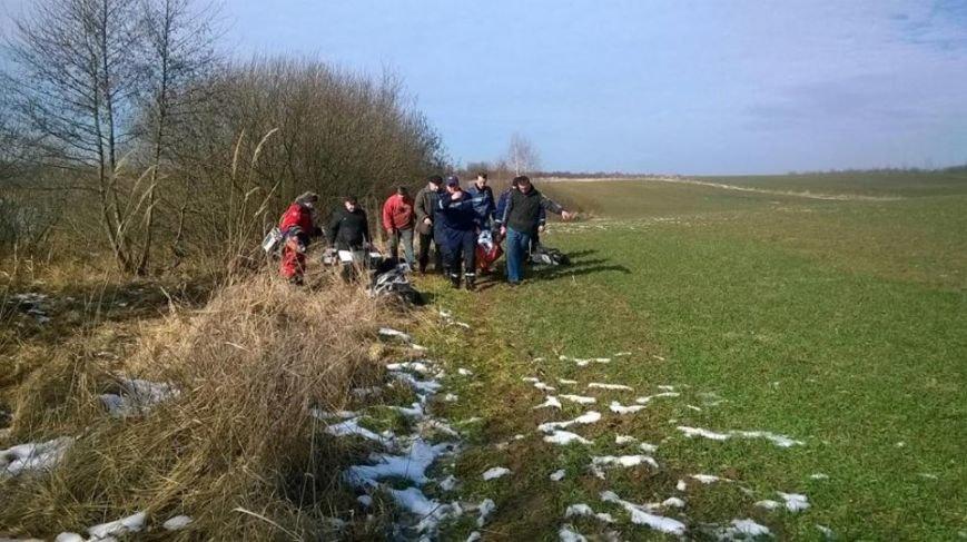 На Львівщині під лід потрапили четверо рибалок, один - загинув (ФОТО), фото-1