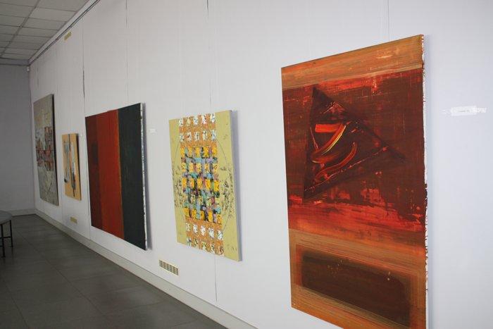 Группа художников «ХарБарБонд» презентовала свою выставку живописи в Мариуполе (ФОТО), фото-13