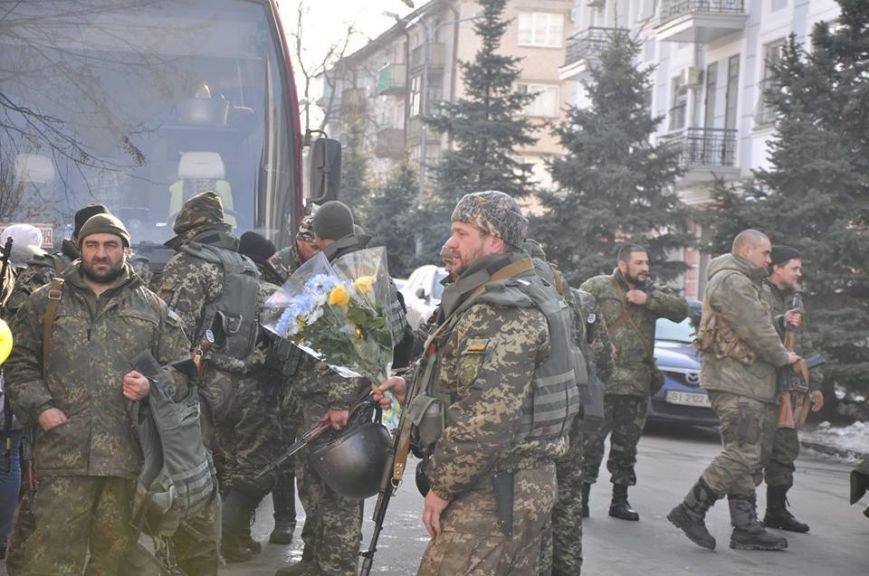 Полтавські міліціонери повернулися з самісінського пекла - Дебальцевого (фото) - фото 1