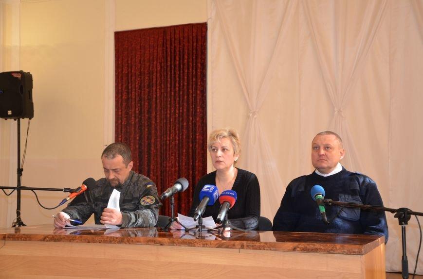 В Мариуполе общественники обратились к Президенту с просьбой ввести миротворцев (ФОТО), фото-2