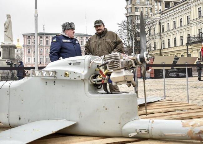 Обломки Смерча из Краматорска представили на документальной выставке в Киеве (фото) - фото 1