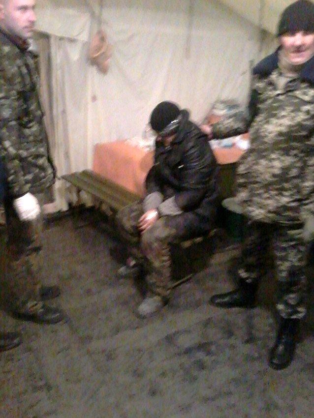 На передовій львівські медики рятують життя сепаратистам (ФОТО) (фото) - фото 2