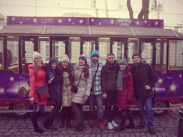 Львовские павлоградцы: программа культурного обмена «Восток-Запад» в действии (фото) - фото 1