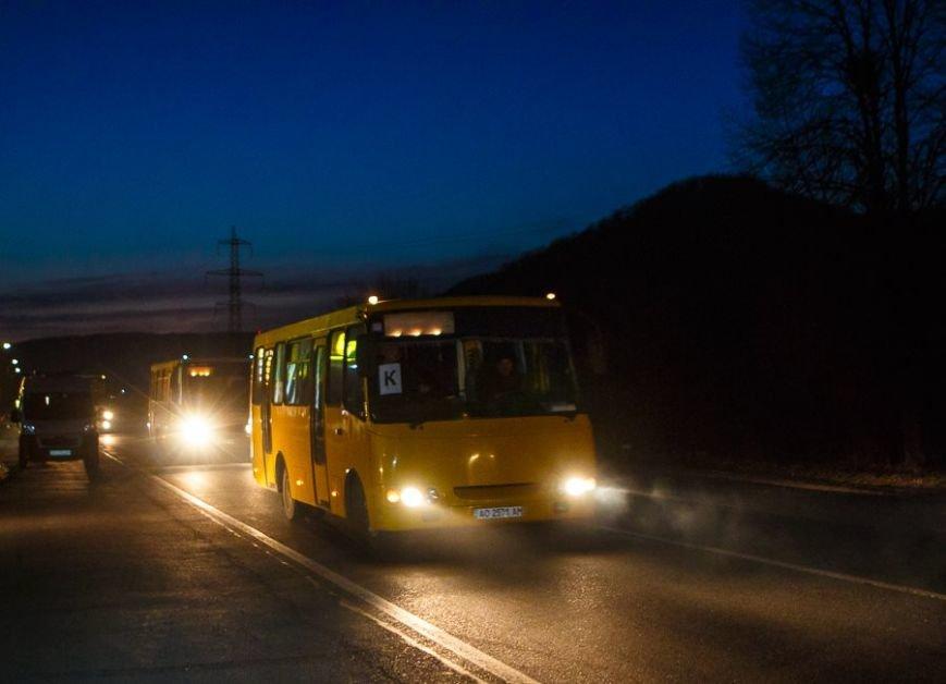 Закарпаття відправило автобуси за військовими 128-ї бригади (ФОТО), фото-3