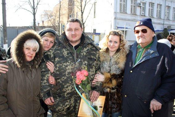 Кременчугские милиционеры вернулись домой из зоны АТО (ФОТО) (фото) - фото 1