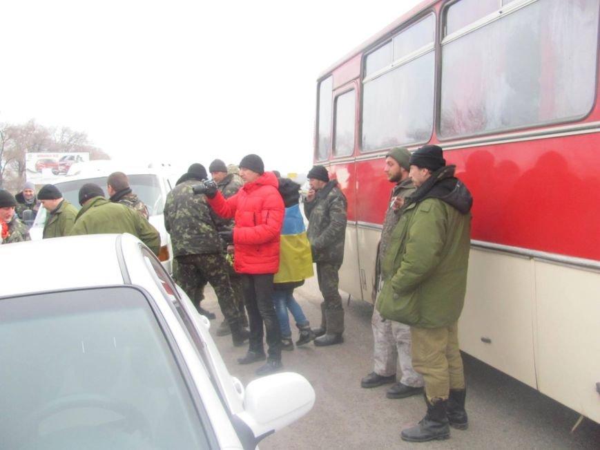 «Спасибо, что живы! Мы помним Иловайск» - криворожане встречали своих героев (ФОТО), фото-14