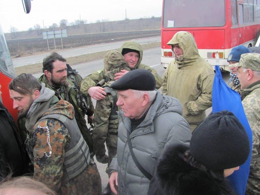 «Спасибо, что живы! Мы помним Иловайск» - криворожане встречали своих героев (ФОТО), фото-4