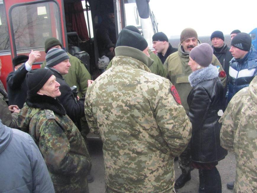 «Спасибо, что живы! Мы помним Иловайск» - криворожане встречали своих героев (ФОТО), фото-22