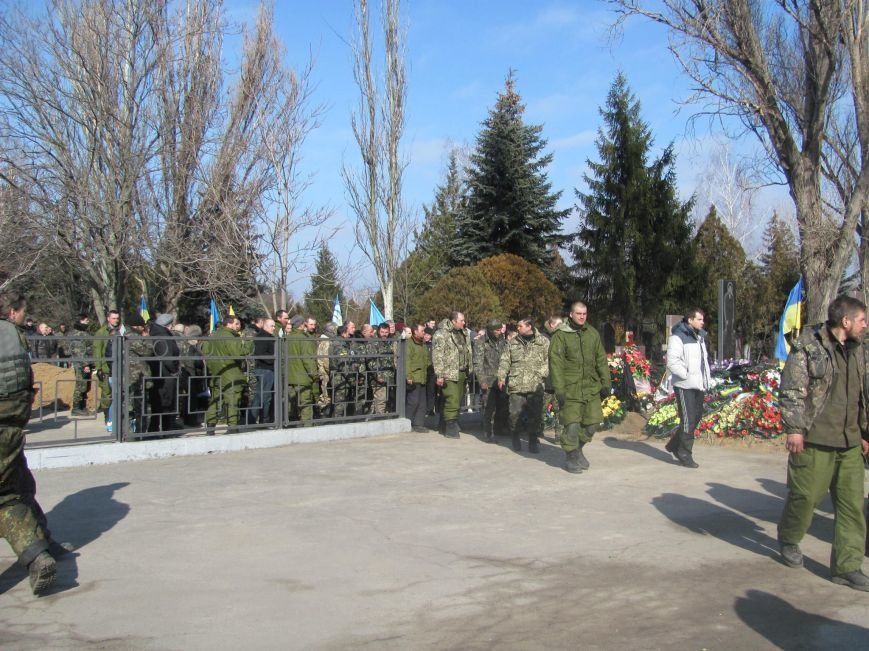 «Спасибо, что живы! Мы помним Иловайск» - криворожане встречали своих героев (ФОТО), фото-29