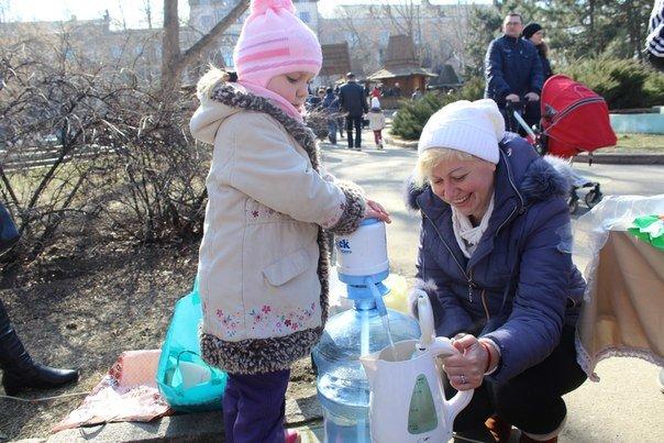В николаевской «Сказке» детей одаривали блинами (ФОТО) (фото) - фото 3