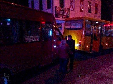 В Николаеве пьяная девушка побила окна в маршрутке (ФОТО) (фото) - фото 3