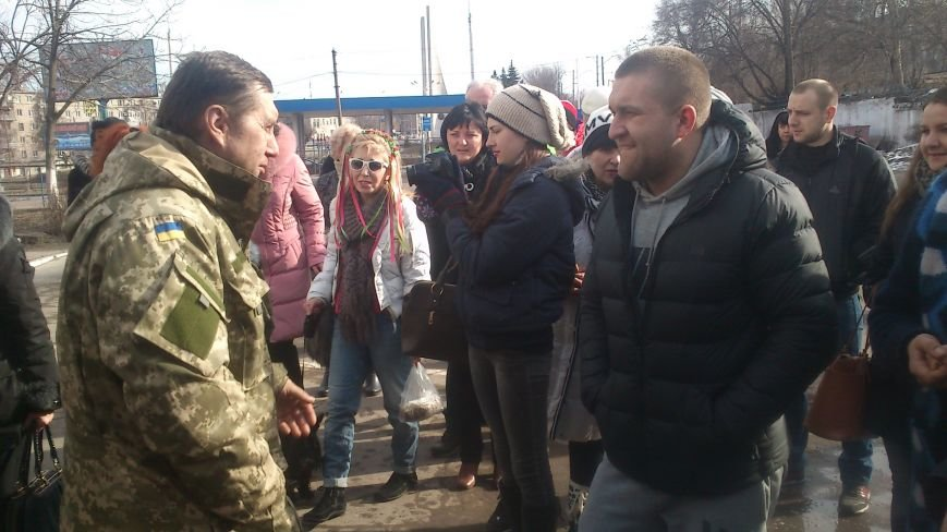 Днепродзержинцы встретили своего героя, фото-3