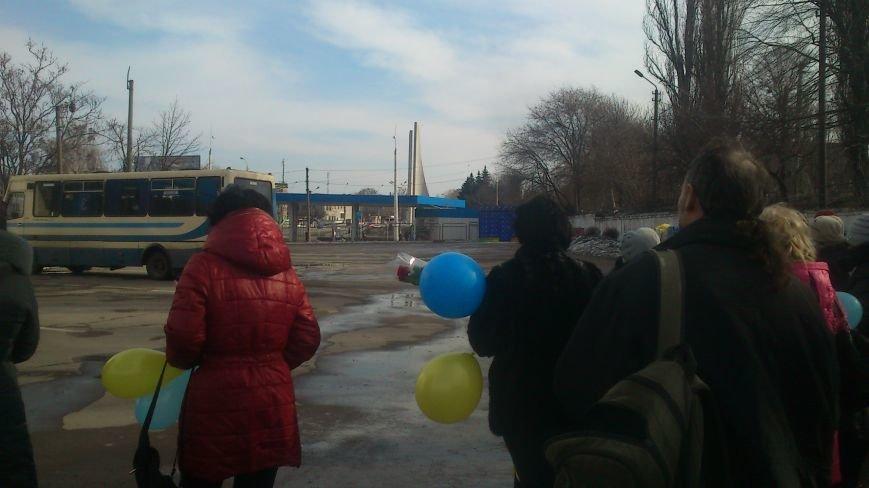 Днепродзержинцы встретили своего героя, фото-1