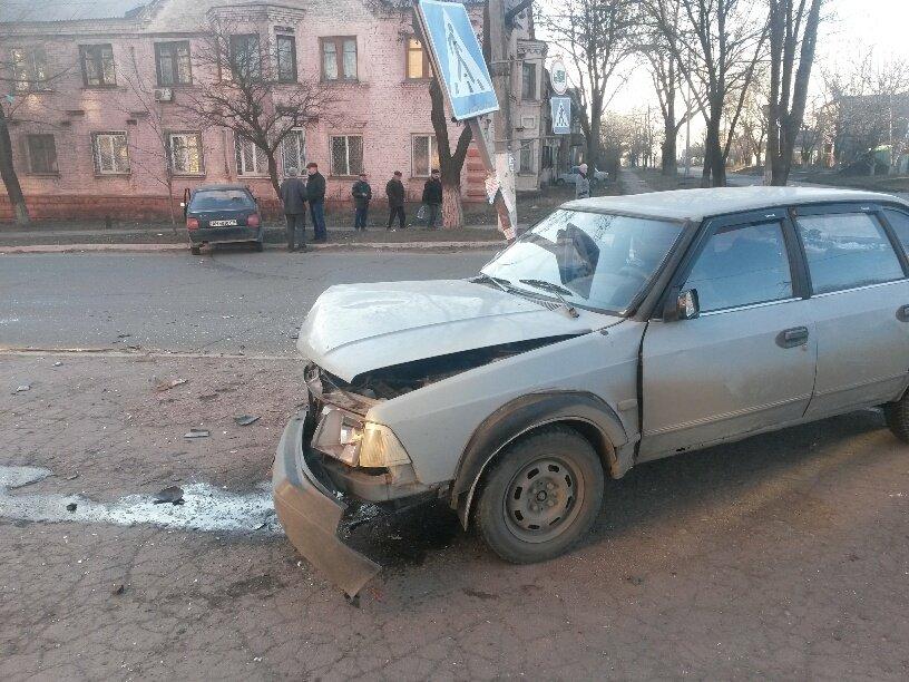 В Мариуполе «Славута» столкнулась с «Москвичом». Пострадал мужчина (ФОТО), фото-5