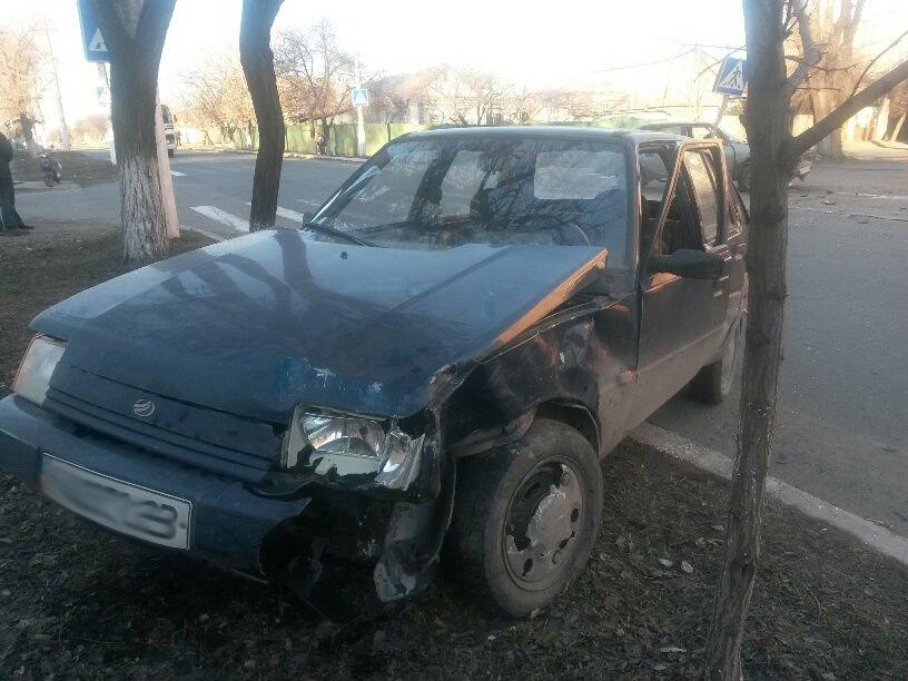 В Мариуполе «Славута» столкнулась с «Москвичом». Пострадал мужчина (ФОТО), фото-1