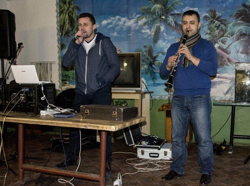 Мариупольским осужденным прививали любовь к родному языку (ФОТО), фото-1