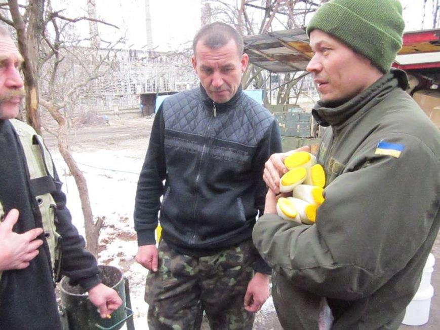 Львівські бійці на передовій отримали торт та салат «Олів'є» від небайдужих людей (ФОТОРЕПОРТАЖ), фото-12