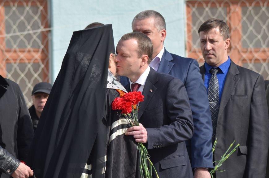 В Симферополе заложили памятный камень на месте памятника ополченцам всех времен (ФОТО), фото-7