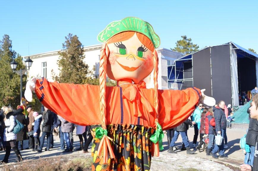 В Симферополе с размахом проводили Зиму на праздновании Масленицы (ФОТО), фото-9