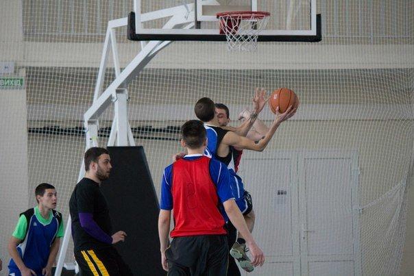В Артемовске завершается чемпионат города по баскетболу: удача улыбнулась «Фортуне», фото-2