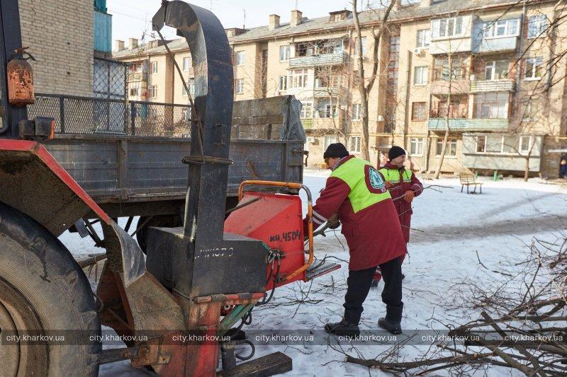 В Харькове стартовал двухмесячник благоустройства «Зеленая весна» (ФОТО) (фото) - фото 1