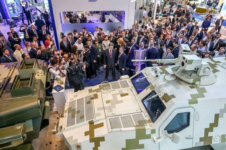 Премьера новых бронемобилей КрАЗа на IDEX-2015 прошла успешно (ФОТО), фото-4
