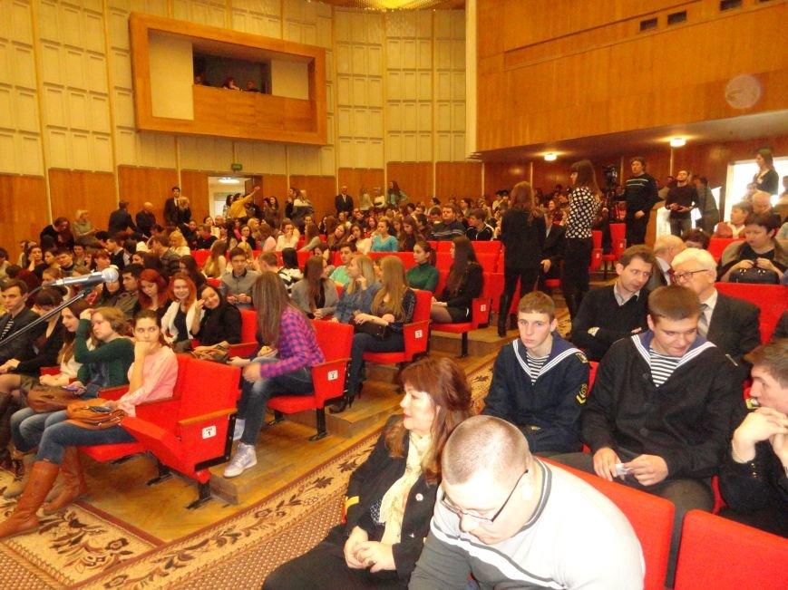 Мариупольские школьники, не сдавшие внешнее независимое оценивание, не получат аттестат (ФОТО) (фото) - фото 2