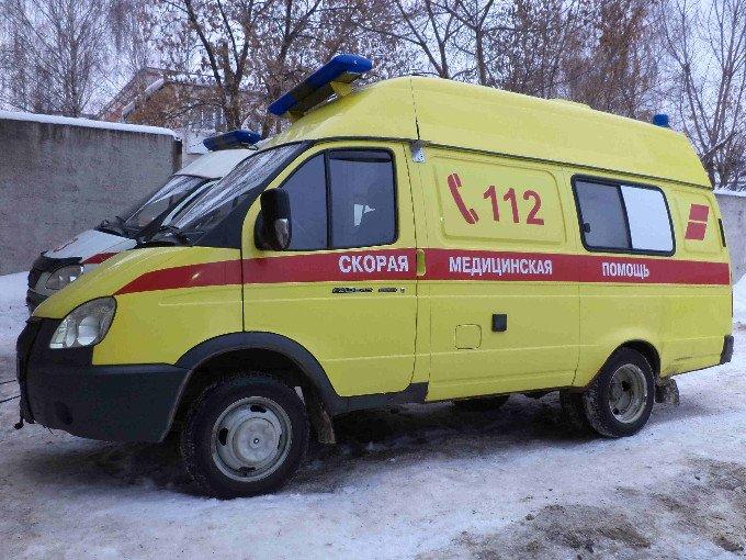 Водитель девятки врезалась в отбойник на 48-м км  трассы М4-Дон в Домодедовском округе (фото) - фото 1