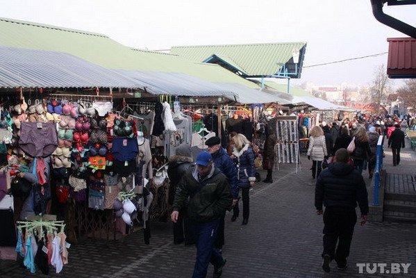 На гродненских рынках предприниматели снижают цены и гадают, что будет в марте (Фото), фото-1
