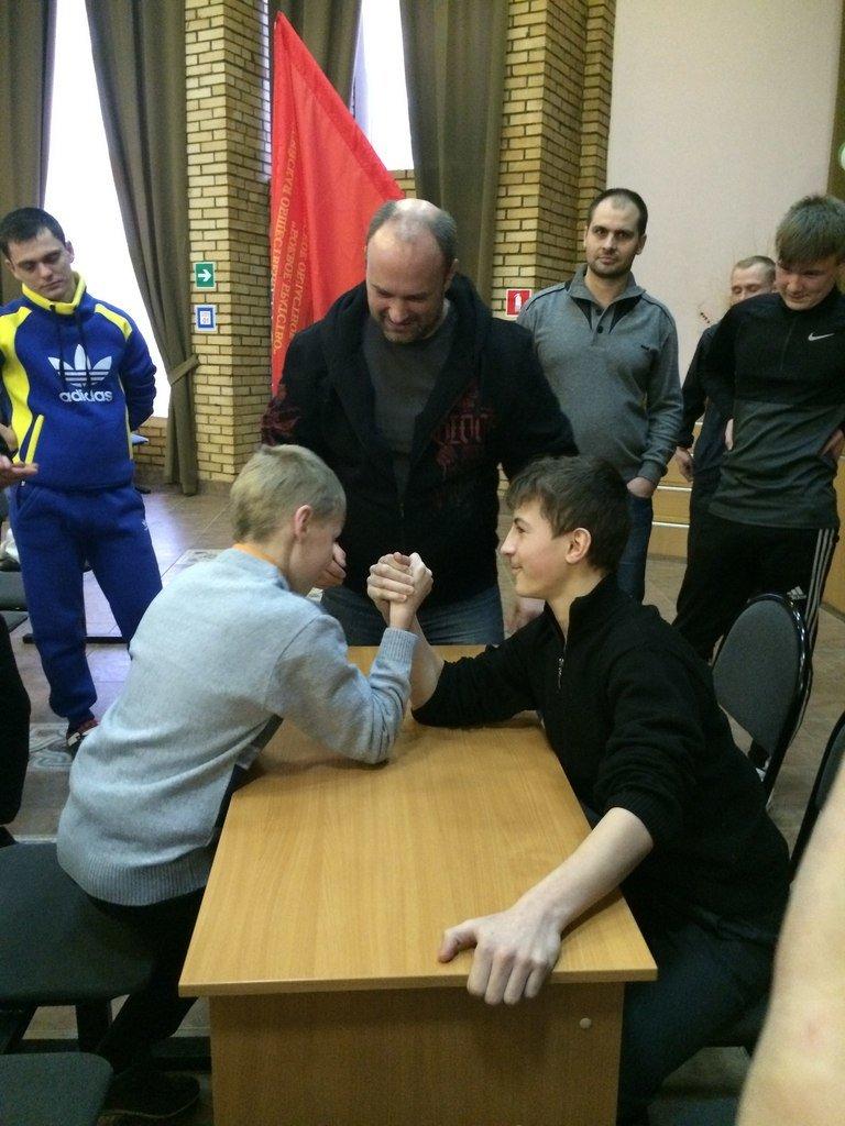 Члены ВООВ «Боевое братство» приняли участие в спортивном празднике в домодедовском детском доме (фото) - фото 1