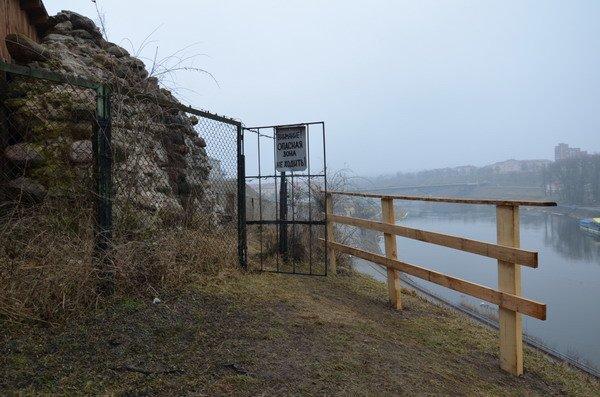 Фоторепортаж: Старый замок в ожидании реконструкции, фото-12