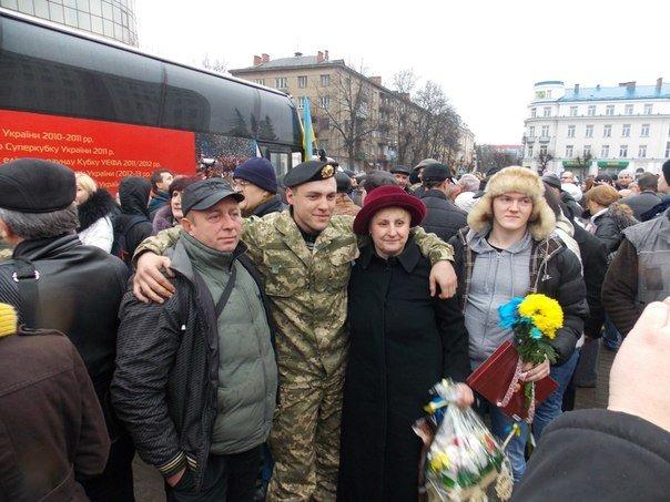 Бійці 128 гірсько-піхотної бригади повернулися додому (ФОТО) (фото) - фото 1