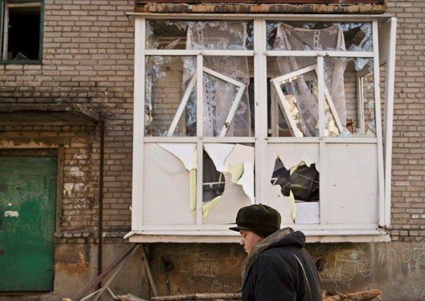 Город добрых сердец: макеевчане собирают гуманитарную помощь для жителей Дебальцево (фото) - фото 4
